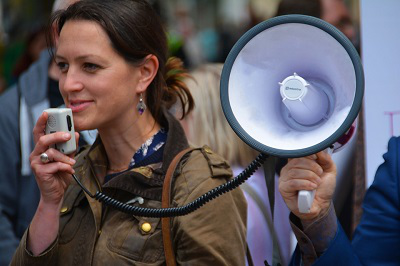 Grad Students Rally for Improved Benefits